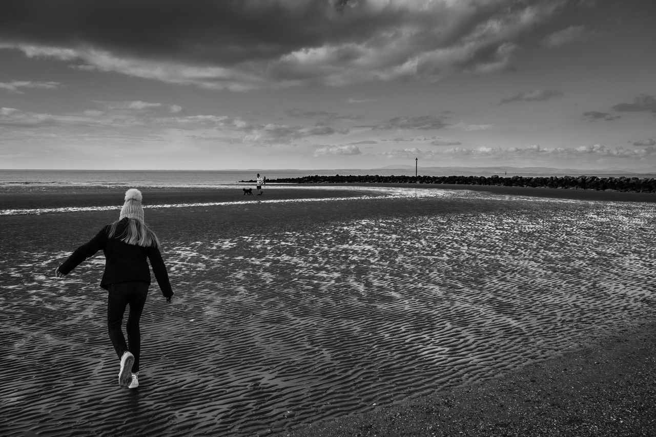 running to the sea Beach Cloud - Sky Day Full Length Horizon Over Water Leisure Activity Nature One Person Outdoors People Real People Rear View Sand Sea Sky Vacations Water Young Adult