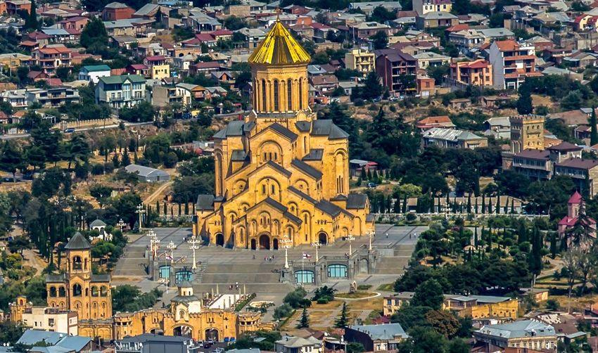 كينيسه جورجية Religion Architecture Dome Place Of Worship Built Structure Building Exterior Cityscape