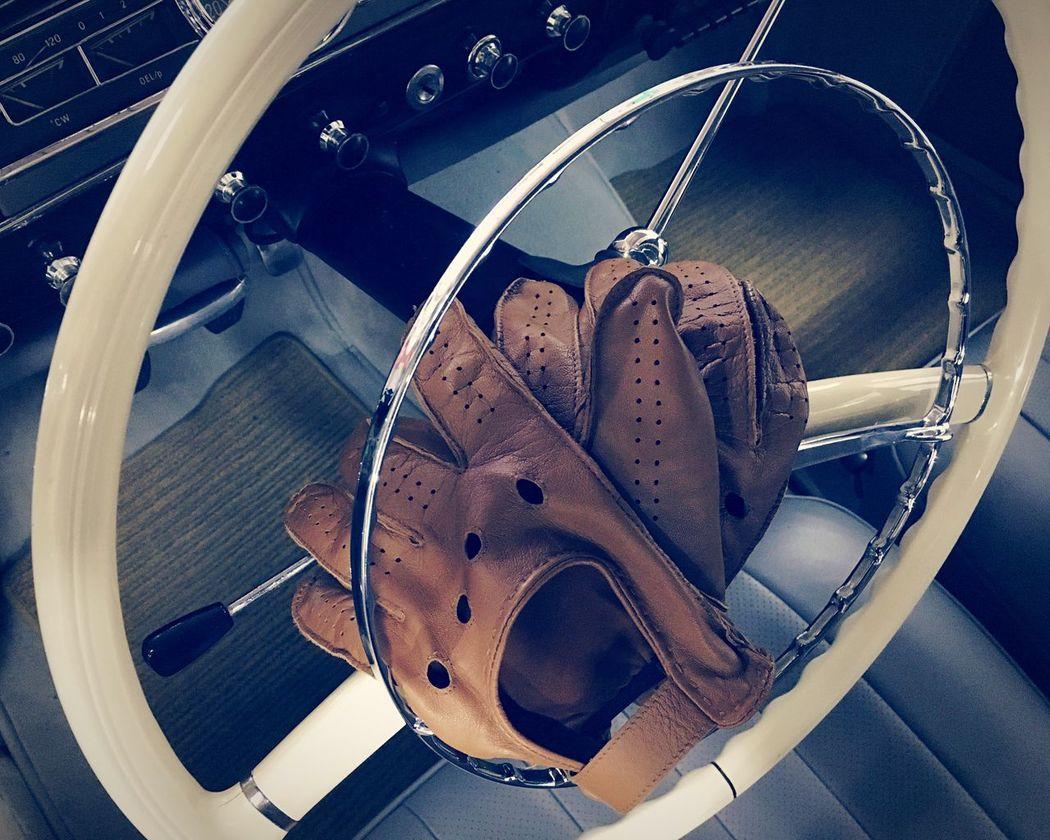 Leather driving gloves mercedes - Old Car Vintage White Steering Wheel Steering Wheel Part Of No People Luxury Car Interior Detail