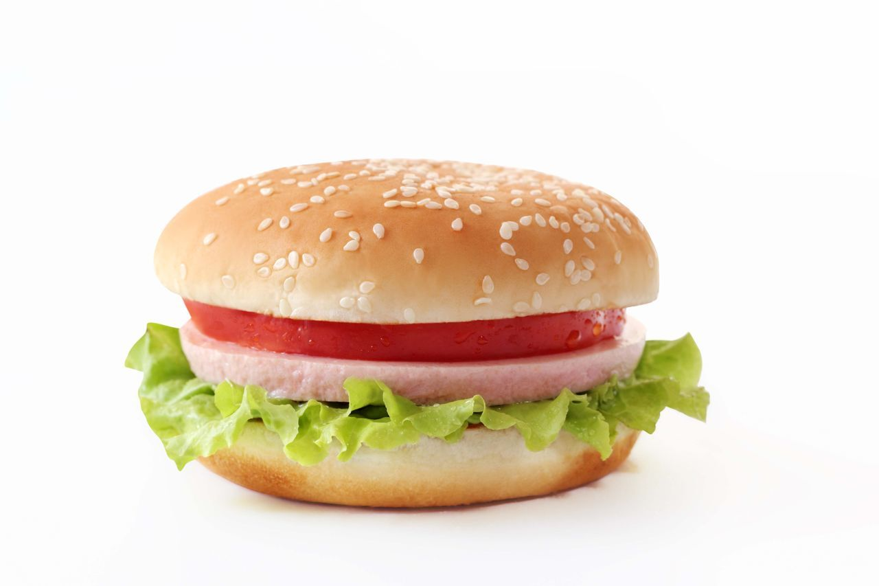 Hamburger White Background Burger Bun Food Food And Drink Savory Food Studio Shot Unhealthy Eating No People Sesame Fast Food Ready-to-eat Beef Freshness Lettuce Close-up Minced Day