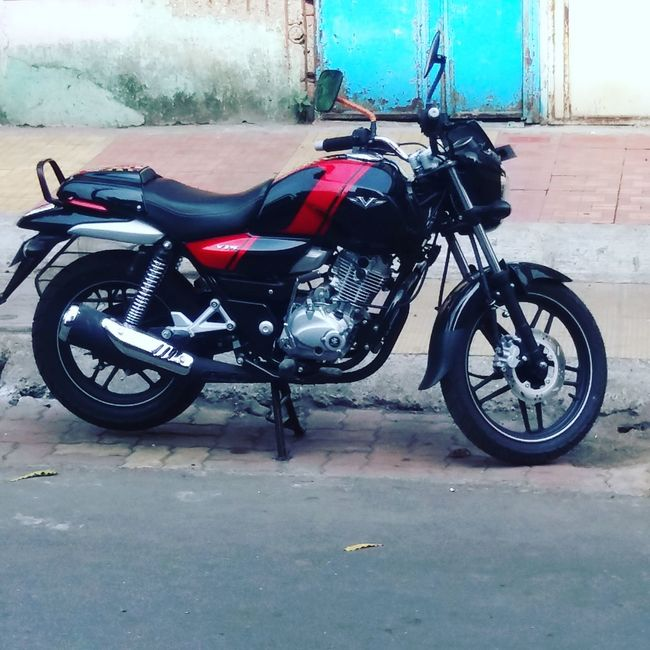 New Caferacer Vikrant V15 Bike.. Proud Owner Tribute To India & Soldiers