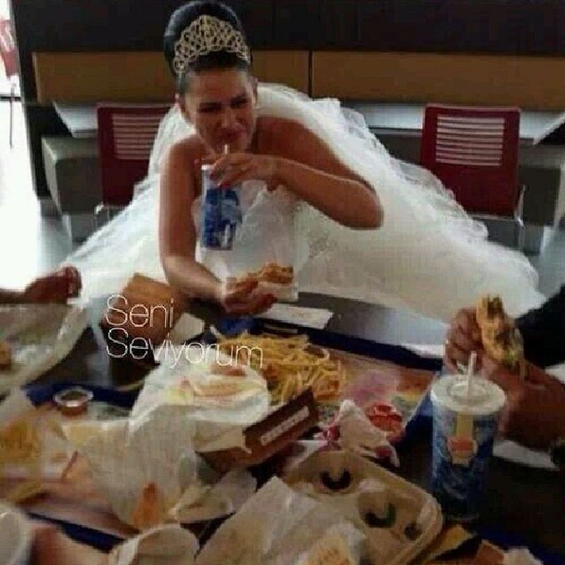 2 my wife if accept my proposal u will get all these in our wedding ? So who wants to eat I mean who wants to marry me ^_^ مساء_الحب الى_احدهم مساء_الخير جميعا Mydubai (Just kidding)