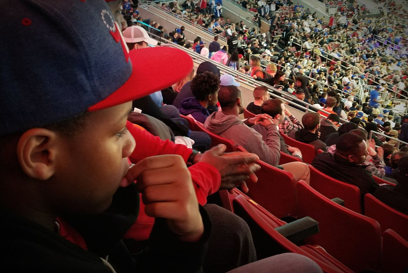 Son's 1st 76ers game Gs7edge Philly Urban Lifestyle S7 Edge Family NBA Nba Game  Close-up Sixers Sixers! Sixerslive Basketball Basketball Game Kids Kid Arena
