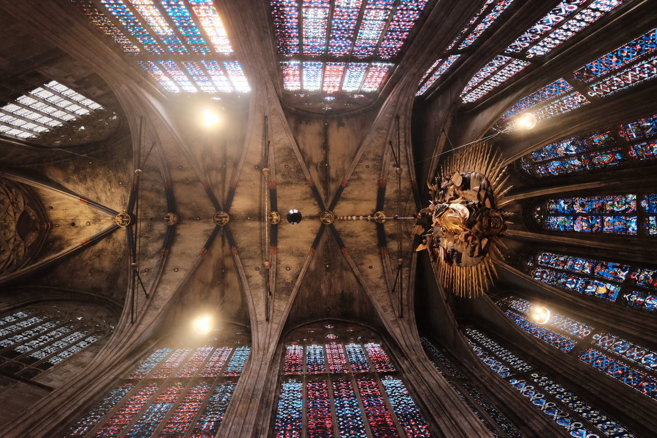 Fujifilm Aachen Aixlachapelle Aquisgrana Aachener Dom Dom Gothic Gothic Beauty  Gothic Architecture Charlemagne Karl Der Große Carlomagno Germany Rhineland Deutschland Might Architecture Art Glasswork