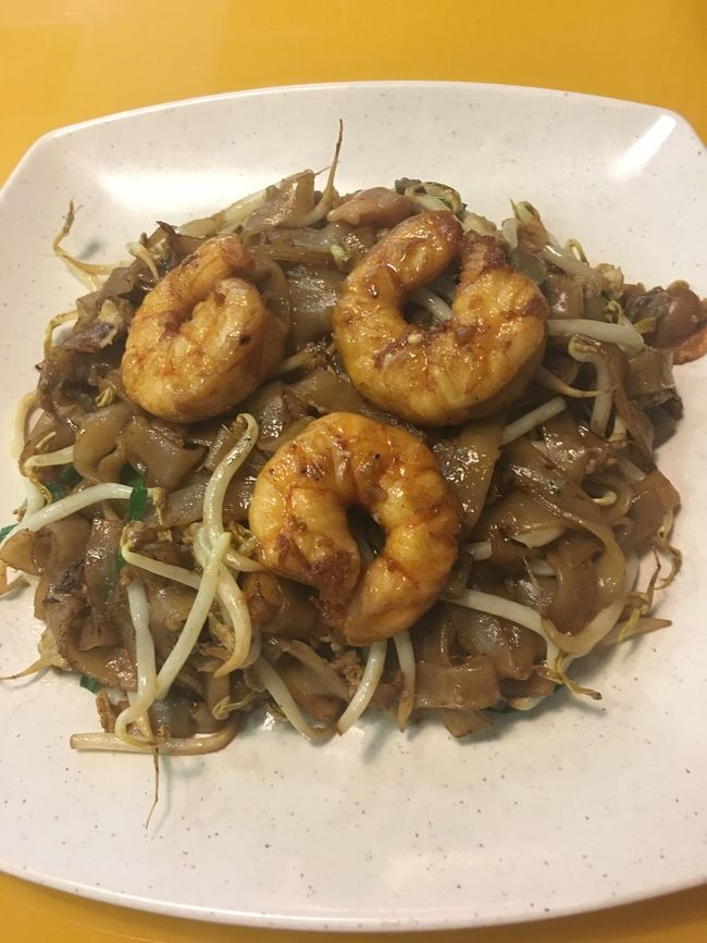 Foodphotography Food Food And Drink Plate Meal Close-up Cooked Indoors  Serving Dish Temptation Fried Kuey Teow Noodles Prawn Prawns Prawn Noodles Fried Noodles Chinese Food