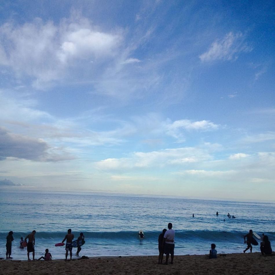 #Iphoneography Beach Beauty In Nature Day Enjoyment Horizon Over Water Leisure Activity Lifestyles Men Nature Outdoors People Real People Sand Scenics Sea Shore Sky Tranquil Scene Tranquility Vacations Water Wave