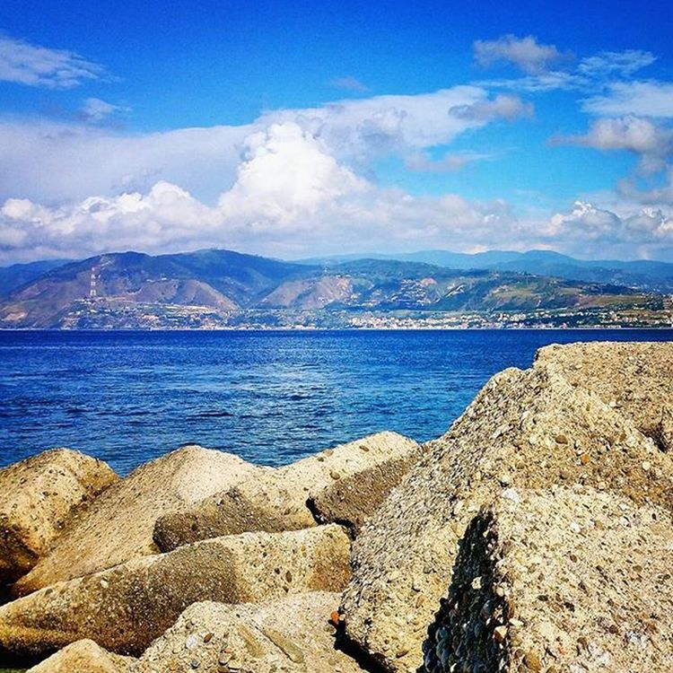 Ig_messina Bestsiciliapics Top_sicily Sicilianjourney Ig_sicilians Bestnaturepic Bestseapics Siciliabedda Likes_sicilia Top_sicilia_photo Sicilia_city Siciliacam Sicilia_sud_superpics Sicily_tricolors Loves_sicilia Volgosicilia Kings_sicilia Lovingsicily Orizzontimeridionali Bestlandscape Italy_photolovers Italiainunoscatto Italia_super_pics Sud_super_pic Verso_sud loves_mediterraneo bestshotz_sea