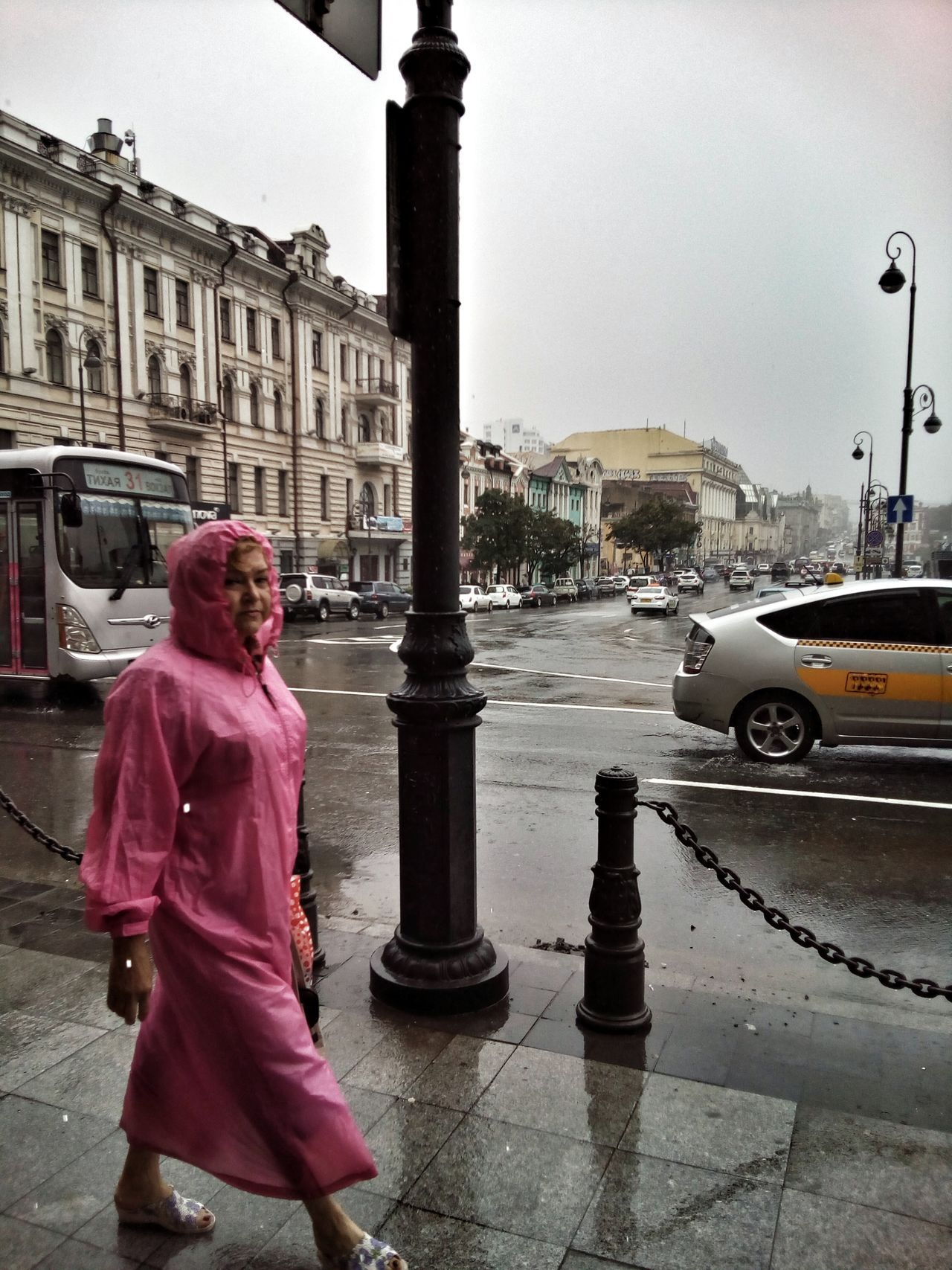 Millennial Pink City Street One Person Travel Destinations Adult Rainy Day Outdoors People Day City Crossroads Street Car Taxi Bus Woman