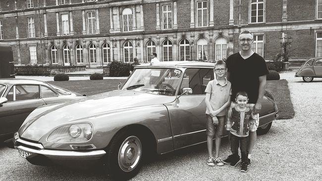 Mychildren MyHoney Mes Fils Mon Mari ♥ Mes Cheris Noiretblanc Blackandwhite Vieillevoiture Car Noir Et Blanc