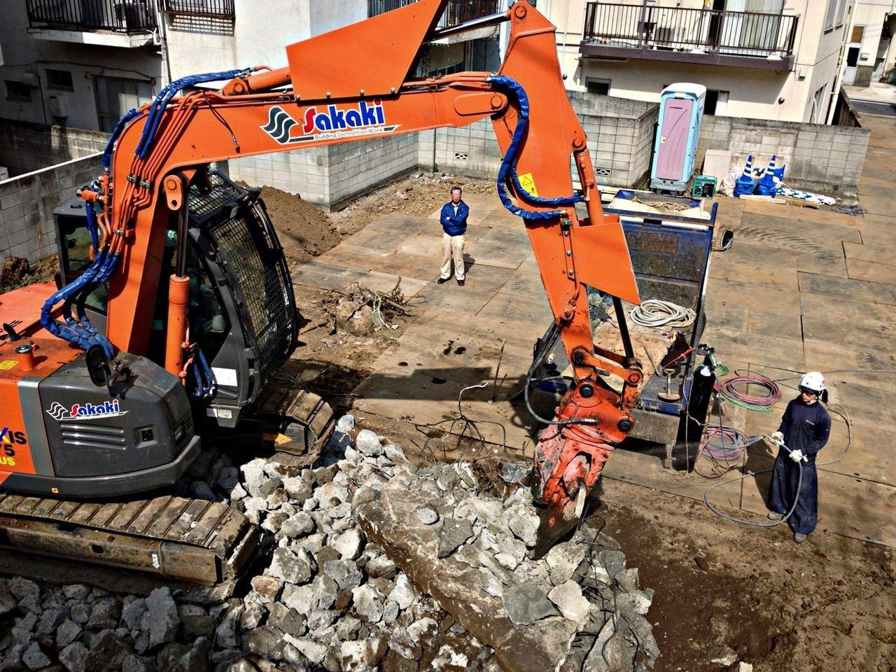 Construction Making Noise Hitachi
