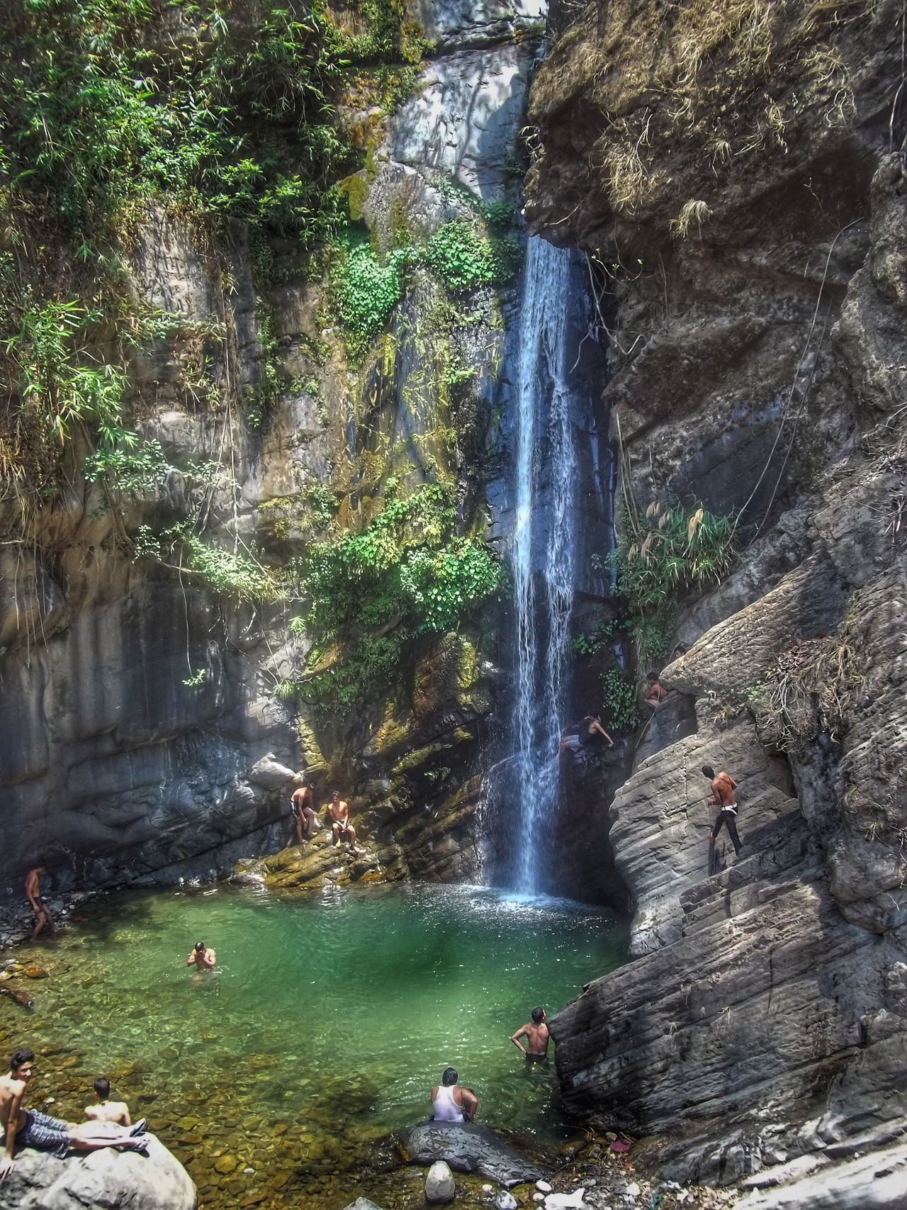 Nature Water Outdoors Beauty In Nature Sunlight Memorableday Hights Nature Photography Nature At Its Best Nature_collection Random Click Height Nature Dehradun Dehradun_Diary Natural Fountain Remote Location Utrakhand