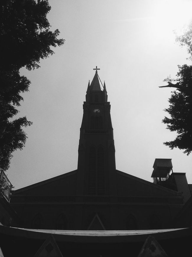 VSCO Mobilephotography Streetphotography EyeEm Best Shots Bnw Bnwphotograhy Church Egypt Architecture Perspective