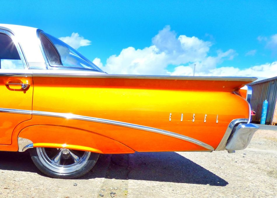 Absolutly stunning paint on this edsell gasmonkey garage done scottish style Hanging Out Check This Out Classic Car American Classics Edsel Custom Cars Custom Paint