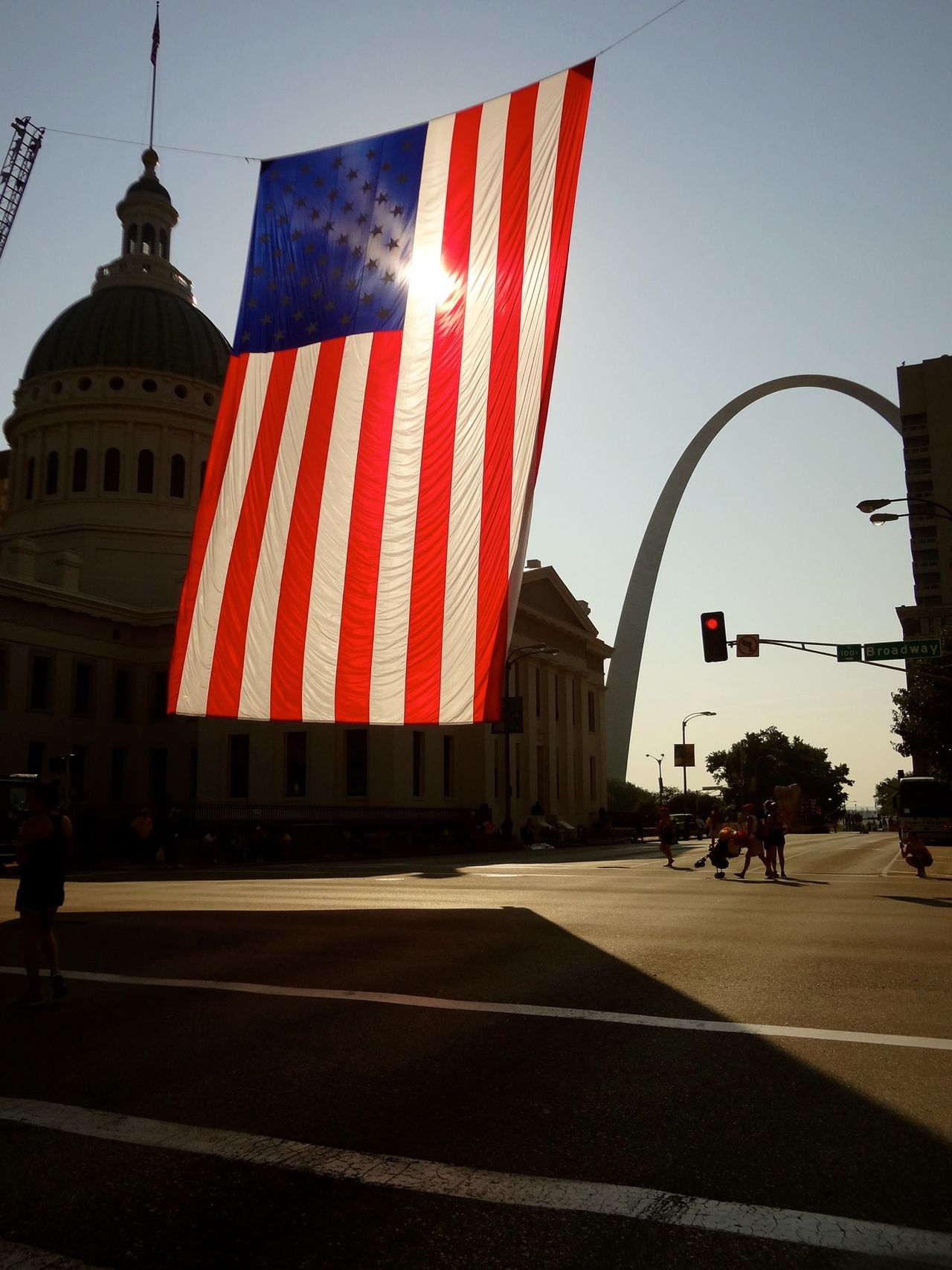 Throw A Curve Travelling Photography St Louis St Louis Arch Portrait Of America Growing Better Holiday POV