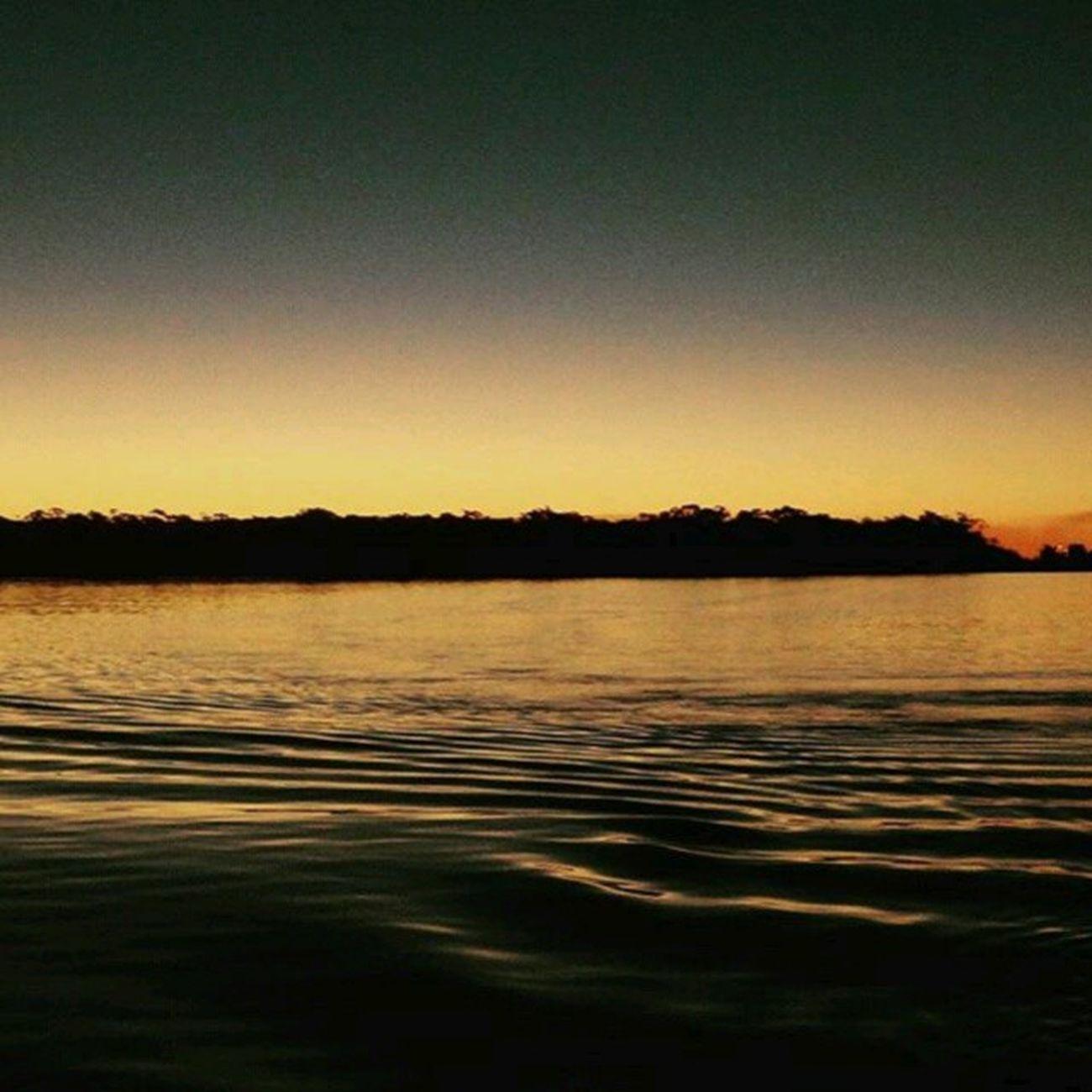 Rio Araguaia - Um gigante Mato-Grossense. Foto: @ccarlos_ribeiro _________________________________ Rioaraguaia Araguaia AraguaiaMT CentroOeste Bresil  Brasil Brazil Brazilien Southamerica VisitBrazil IloveBrazil MatoGrosso_Brasil Matogrosso Travel VejaMatoGrosso MtcomVc World BR MT Magnifique