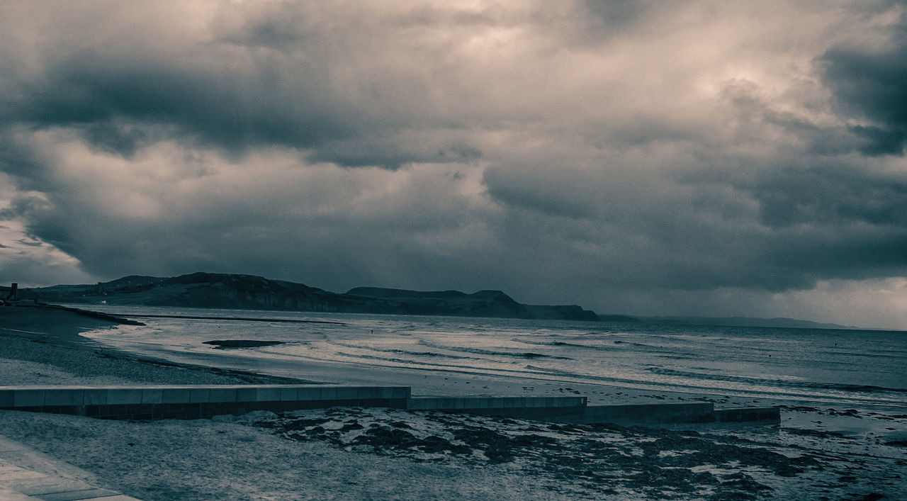 Atmospheric Mood Beach Big Clouds Dramatic Sky Colour Photography Documenrary Photography Seascape Skyscape Cloud Coastline Colour Portrait Documenary Reportage Horizon Over Water Majestic Ocean Outdoors Power In Nature Sea Shore Sky Tranquility Travel Photography Water Weather