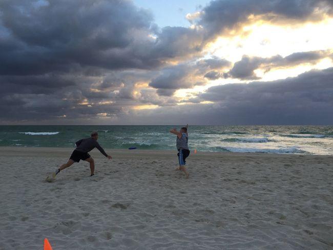 Beachphotography Beautiful Day Freezbee Beach Photography Beach Life Miami Beach Catch Me While You Can Beach Freezbee Fun Day Out