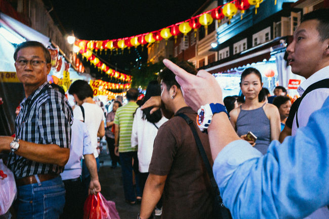 Chinatown, SGP. 2016 © Chit Min Maung http://www.cmmaung.me/ Chinatown Chinese New Year Cmmaung Cmmaung.me Colors Of Carnival Gr Ricoh Ricoh Gr Singapore Street Street Photography Streetphoto_color