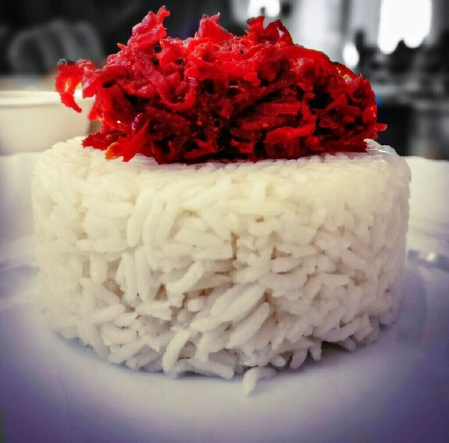 Freshness Close-up Food Indoors  Selective Focus Snack Ricecake Serving Size Ready-to-eat Indulgence Temptation Foodphotography Oneplus3 Mobilephotography Plate Of Food Freshness Close-up Food Food And Drink Red Indoors  Flower Selective Focus Focus On Foreground Indulgence This is my afternoon snack. The top in red is beetroot and the bottom is steamed rice
