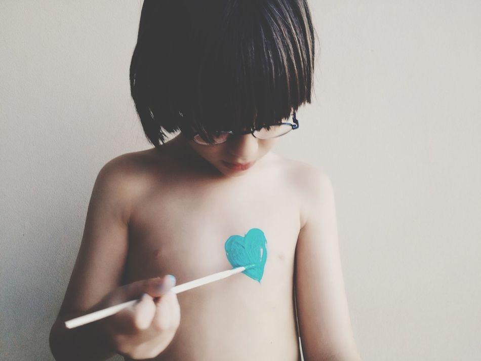 Beautiful stock photos of herz, childhood, elementary age, boys, waist up