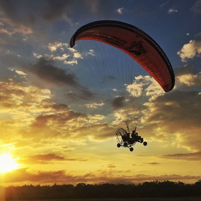 Paramotoring into the sunset at Bagasbas Beach Daet Camarines Norte LLLimages Check This Out Relaxing Flying High Flight Paramotoring Paramotor Flyingintothesunset Flying Original Experiences Feel The Journey