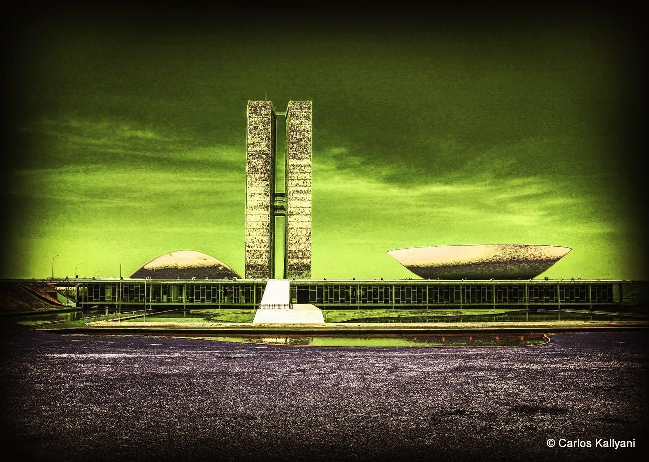 Brasília, um céu verde de esperanças... No People Sky Architecture Brasília - Brazil Fotoartistica Fotoarte Fotoartegram Brasília City Foto Photo Photography Fotografia Brasil ♥ Política Politics