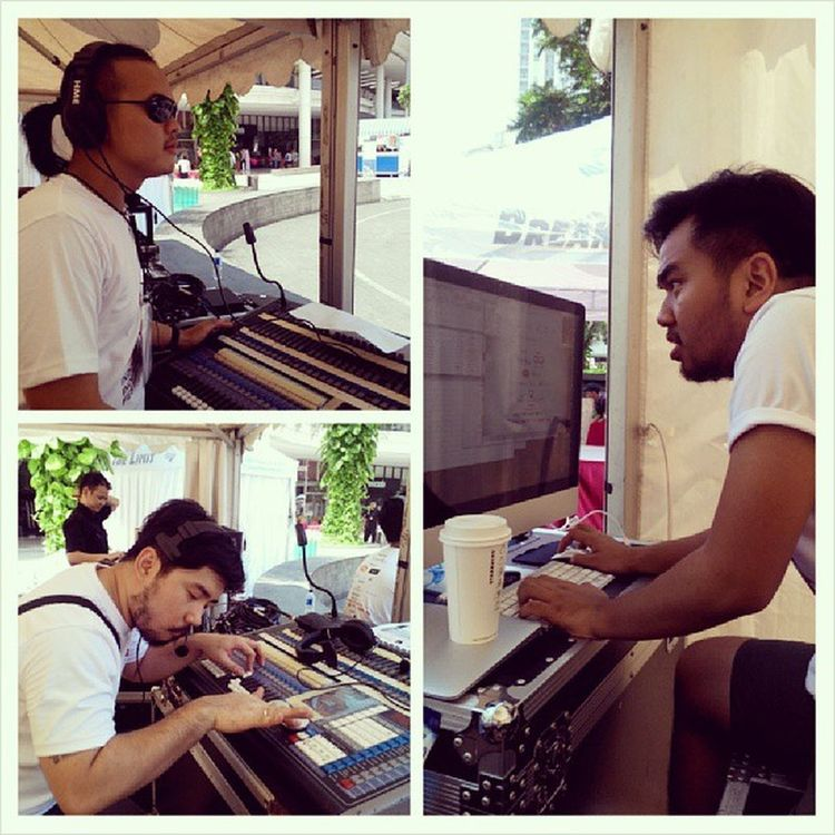 Live from FOH freak man in action Idfest13