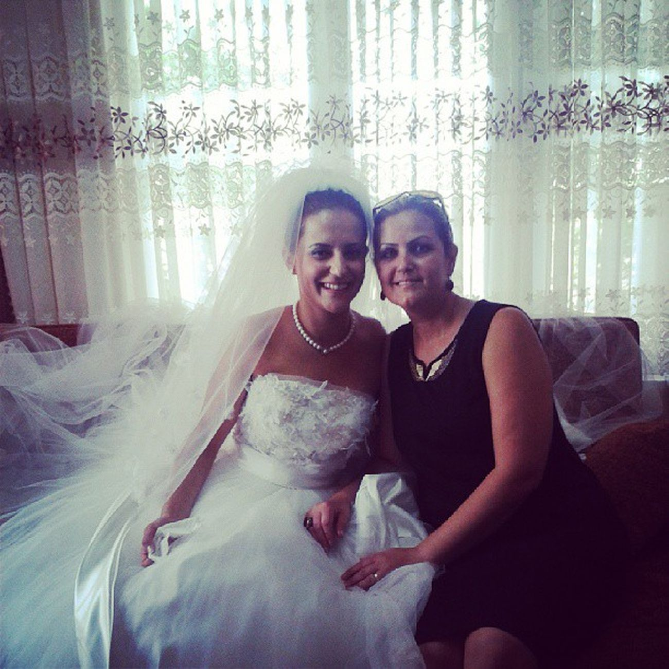 Bride is at home...My Sister and My Mother Brideinthehouse Mysister Sister Wedding mymother