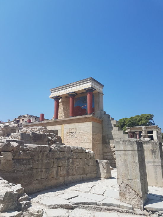 Discovering Great Works Getting Inspired Quality Time 43 Golden Moments Holiday Crete Greece Knossos Palace Vacation Time Vacation Enjoying Life Cultural Heritage