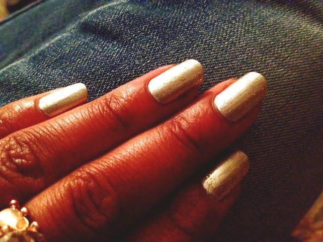 Nails On Fleek Editphoto Fashion #NailArt #Silver #Glitter