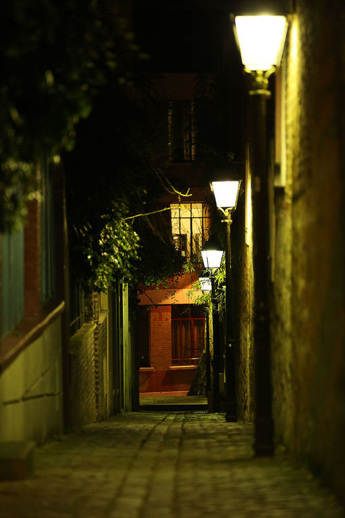 Alley Alone City Empty Floor Lamp Full Frame Illuminated Night Paris, France  Paved Street Streetphotography Walkway