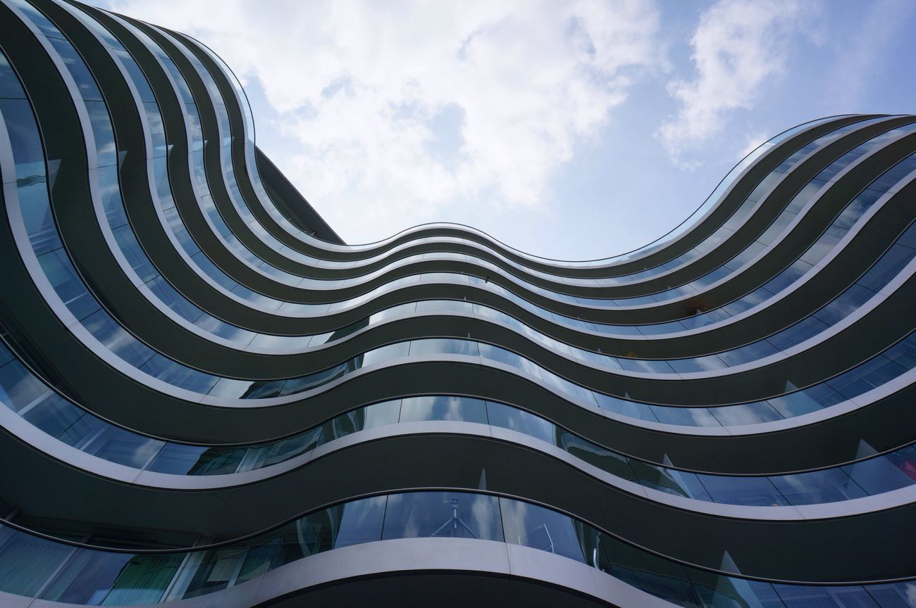 Wave Building London Travel Building Buildings & Sky Architecture Wave Journey Travel Photography Modern Modern Architecture Glass Europe The Architect - 2016 EyeEm Awards Your Design Story Dramatic Angles