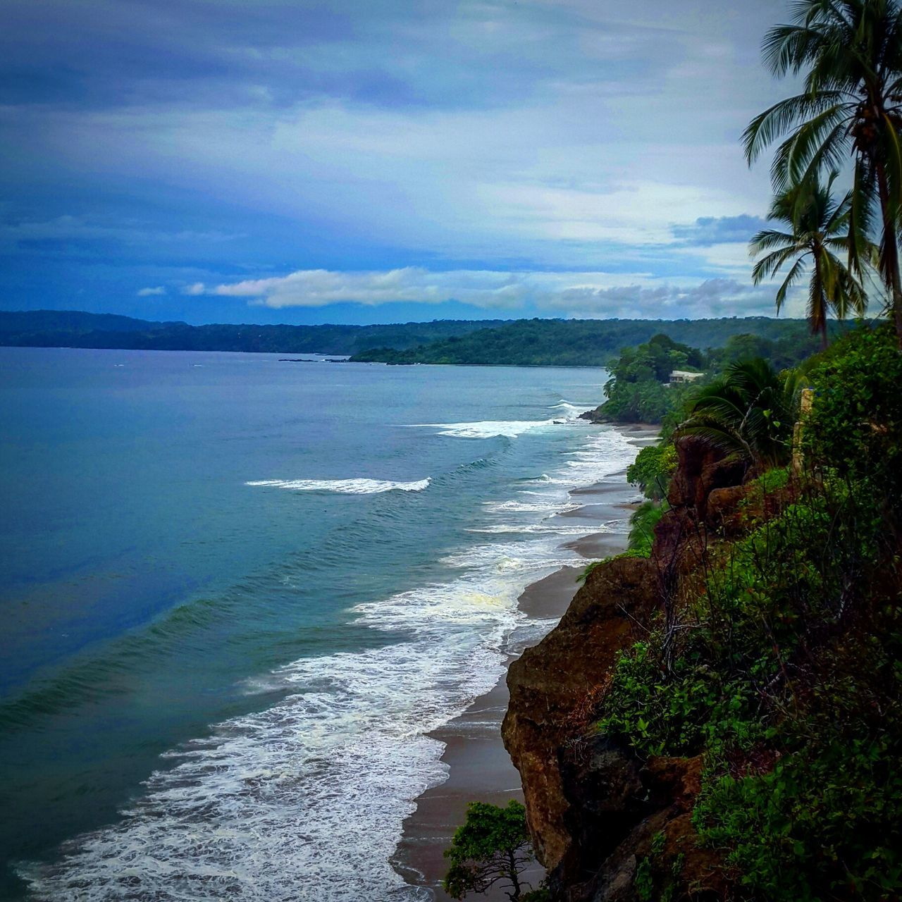 Costa Rica Travel Photography Luxurylifestyle  Feel The Journey Colorful Afar Travel Vibrant The Great Outdoors - 2016 EyeEm Awards Great Outdoors Earthporn Tan Green