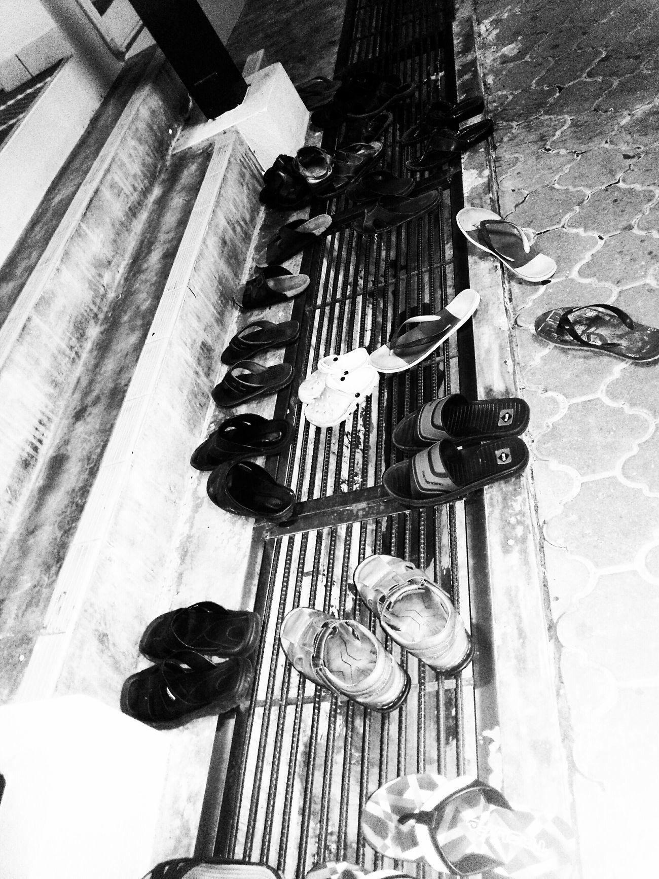 earlier before ISYAK prayer... Awal sebelum Isyak... Tarawikh Ramadhan Sunnah Blackandwhite Blackandwhitephotography Muslim Ibadah
