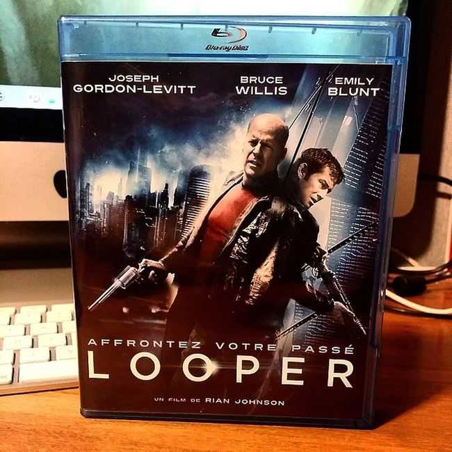 Arrivage Bluray du weekend : Looper Willis Gordon -levitt blunt