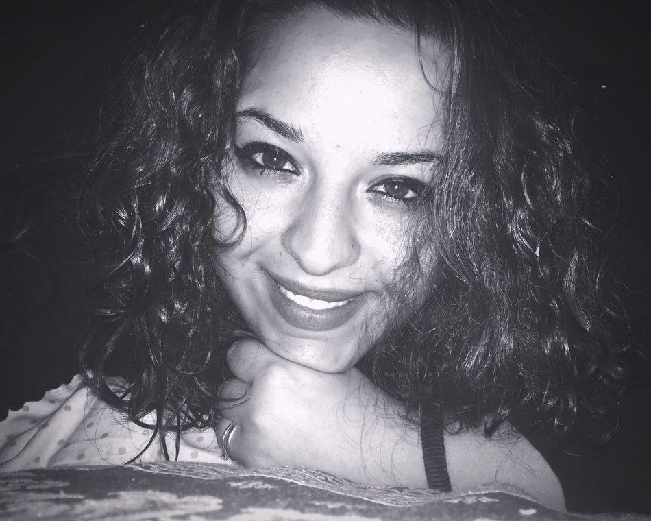 Buonasera..😜😊 Me Happy Woman Smile❤ Istacoment Italy❤️ Kisses❌⭕❌⭕ Instafollow Beautiful ♥ Ogni Riccio Un Capriccio! OcchiettiBelli Sabatosera  Sabatoseratop Sabatoinsieme