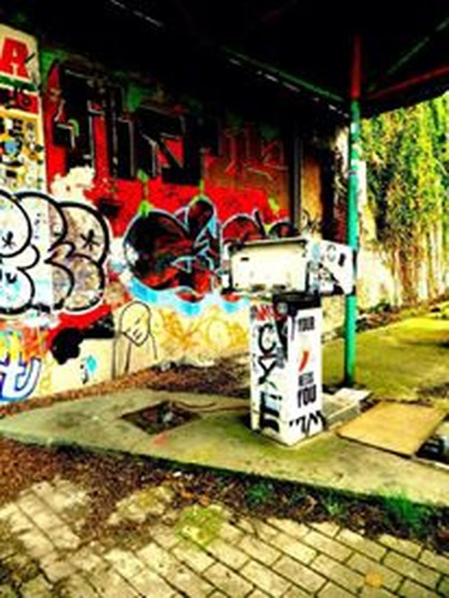 Abondened Places Art Day Doel Doel België Gasstation Graffiti Graffiti Outdoors Street Art