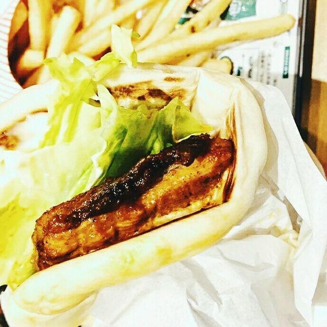 Burger 🍔 Food Foodie Food Porn Food Photography Foodstagram Foodgram Foodtrip Foodpic Foodbloger