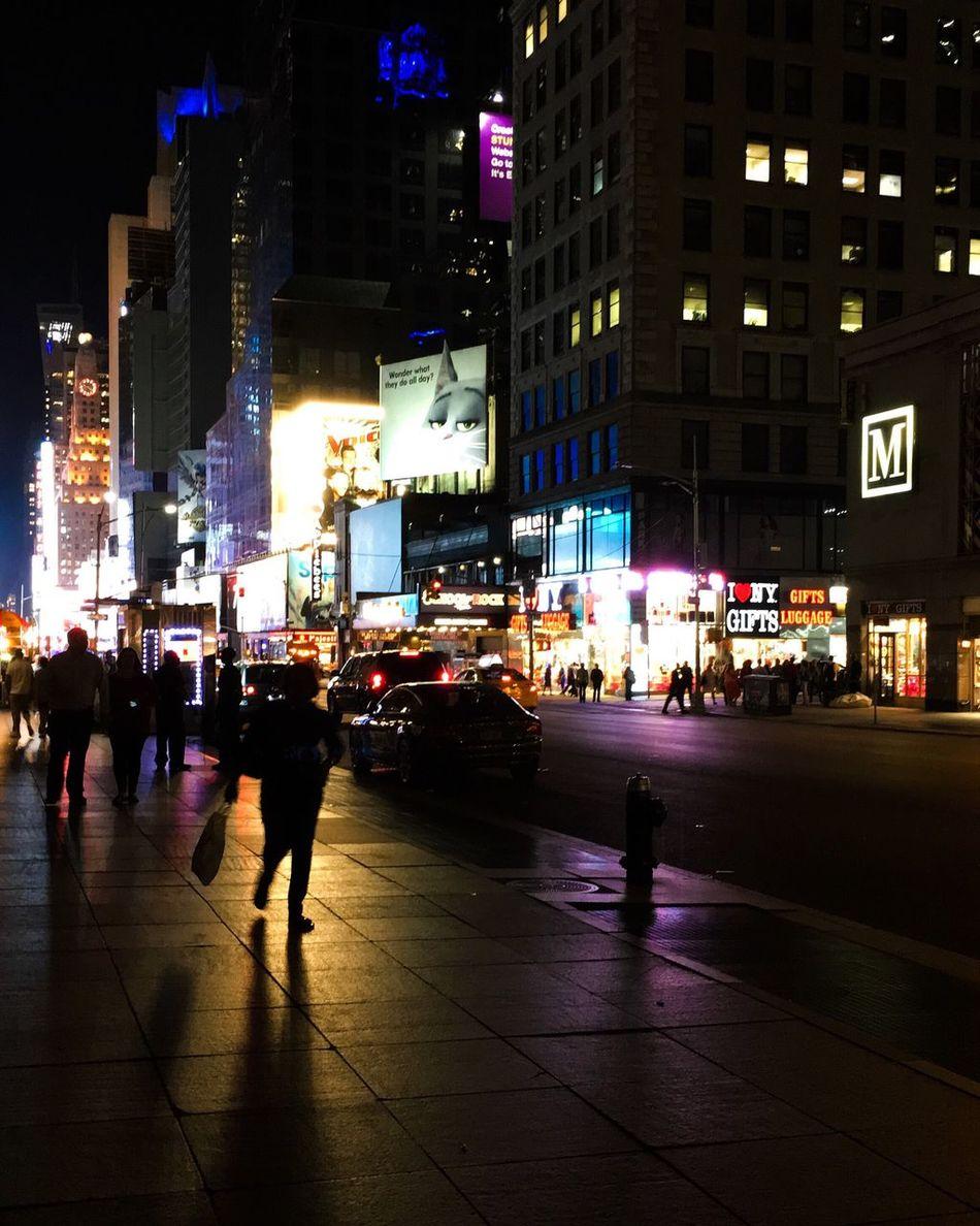 Battle Of The Cities EyeEm NYC NYC Photography Tones Nightphotography Newyorkcity TimesSquare
