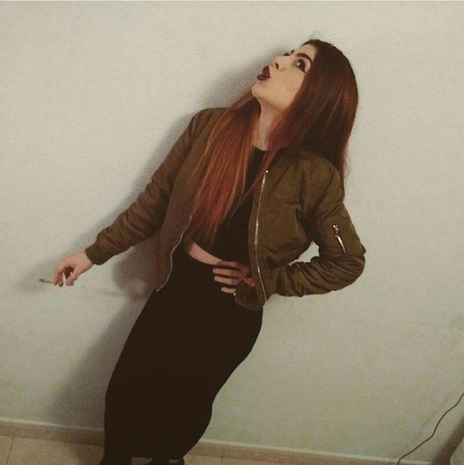 FOLLE-ATTITUDE Enjoying Life Gorgeous Gingerhair Clothing Mode Relaxing Badgirl Bomber Rudegirl Style Sevilla Longhair Stylish Whitegirl  Shooting Model Dark Sexygirl WeedGirl Drugs Smoke BlackLips Medusa Pierced Streetphotography