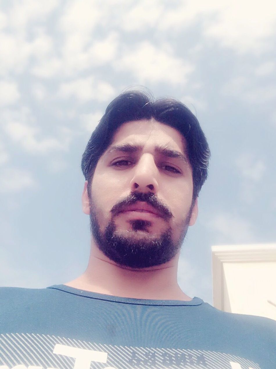 Beautiful Pakistan Pakistani Enjoying Life With Friends Hi! Smiling Young Men Selfie ✌ Today's Hot Look First Eyeem Photo My City Dhaunkal Hello World Handsome That's Me Asian  Looking At Camera Well-dressed Headshot