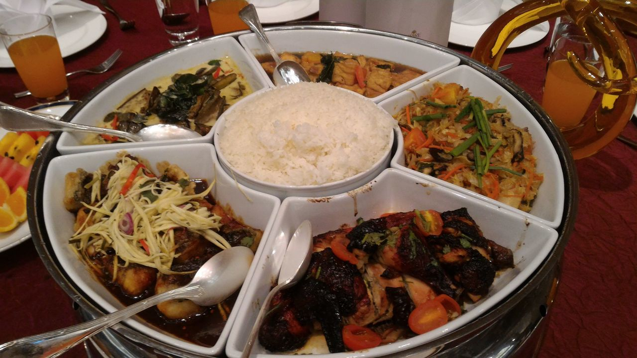 Bruneifood Brunei Darussalam Plate Food Meal Lunch Lunch Time Yummy Ready-to-eat Delicious A Table A Taste Of Life.