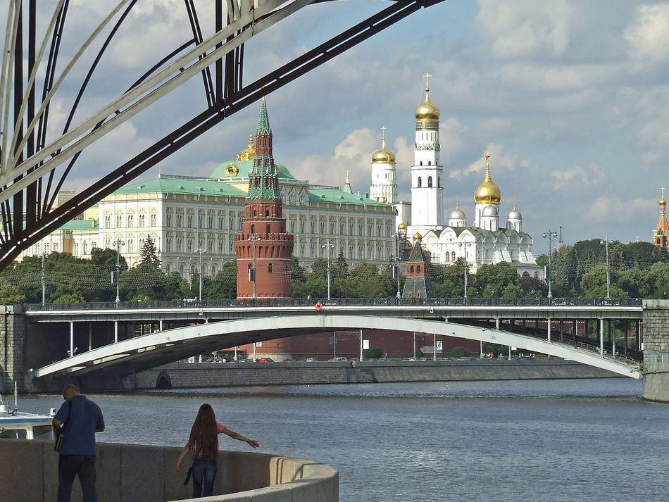 Kreml Architecture Bridge - Man Made Structure Built Structure Canal Capital Cities  Day Dome Famous Place Outdoors Tourism Travel Destinations