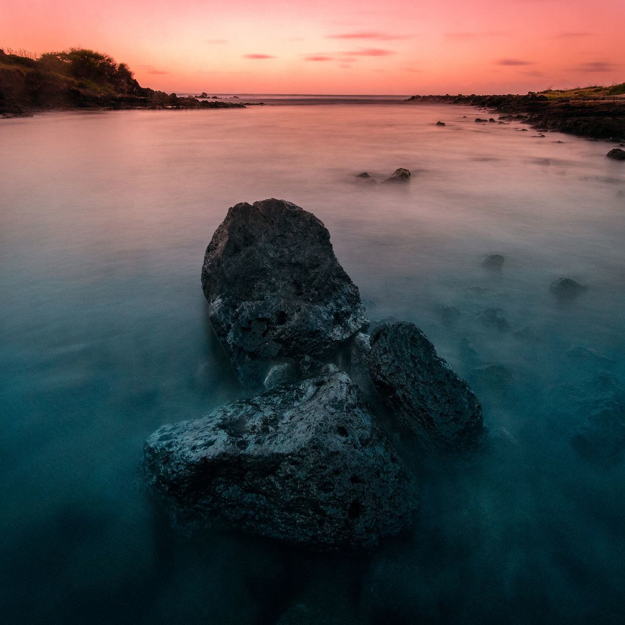 Sunrise 🌅 or sunset 🌅??? Just wondering what you prefer? Beauty In Nature Day Horizon Over Water Long Exposure Nature No People Outdoors Rock Rock - Object Rocks Scenics Sea Sky Sunrise Sunset Tranquil Scene Tranquility Water