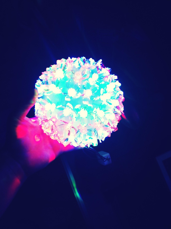 Мама купила вот такой фонарь;D