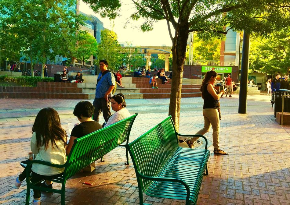 Hanging Out Studying Architecture Downtown Cityscapes Urban Landscape Relaxing Great Atmosphere City University