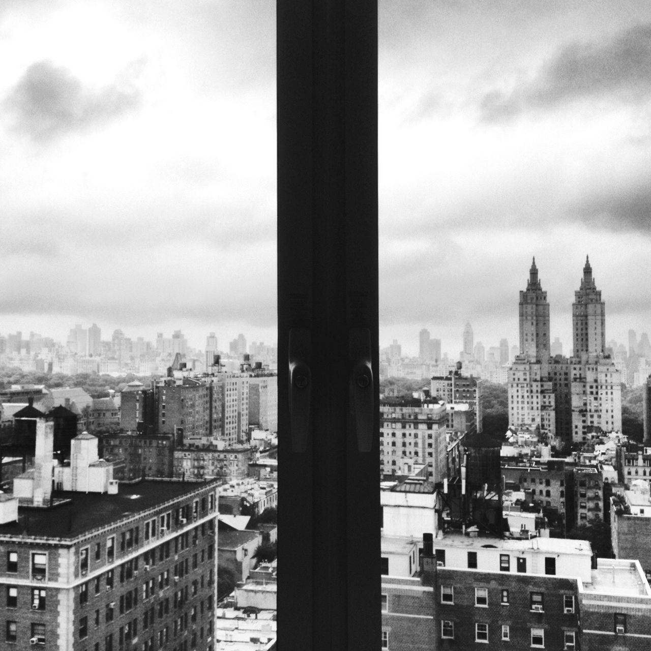 EyeEmNewHere Architecture Building Exterior City Cityscape No People Skyscraper Blackandwhite USA Manhattan Building Geometric Shape New York City Symmetrical Architecture Symmetry Architecture IPhone Photography