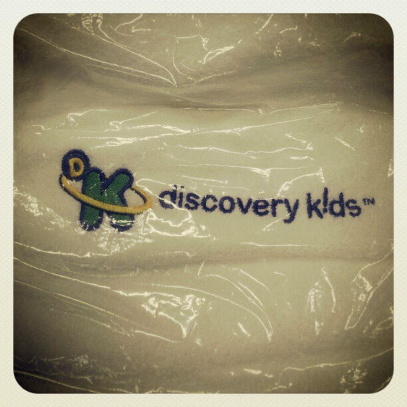 Mais um dia de brindes na empresa agora de vendedor top em venda dos Canais Discorys hahahaha toalha de banho da discory kids a Ana Luiza que