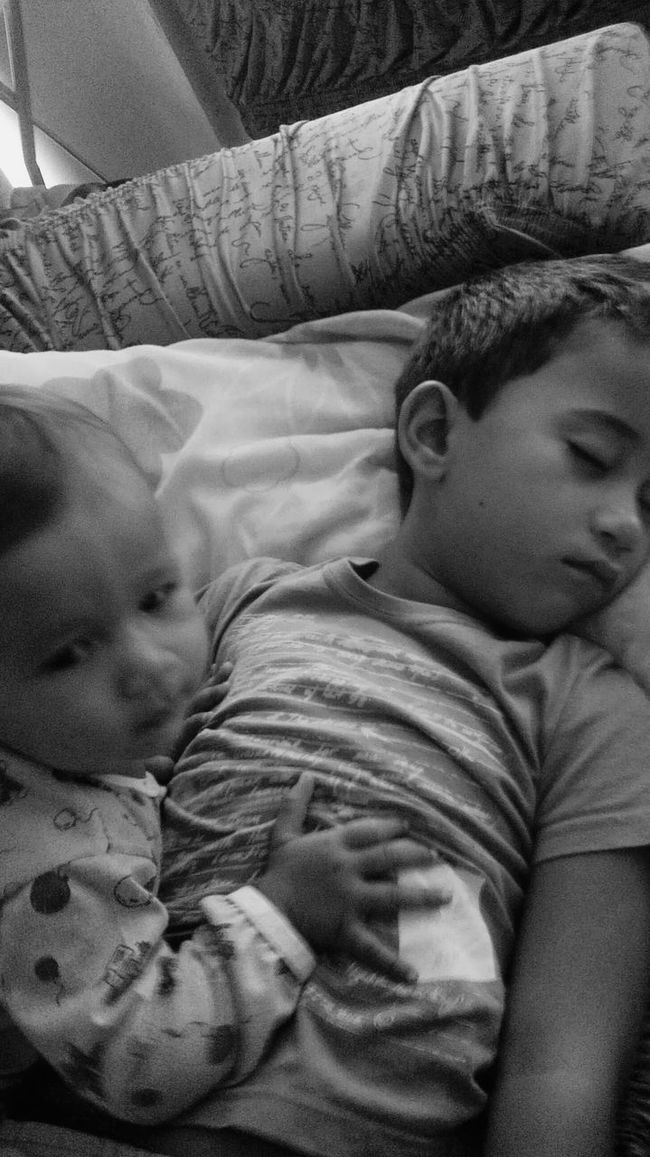 Simple Moment Children Simply Beautiful Inconditional Love  Children Photography Simplicity