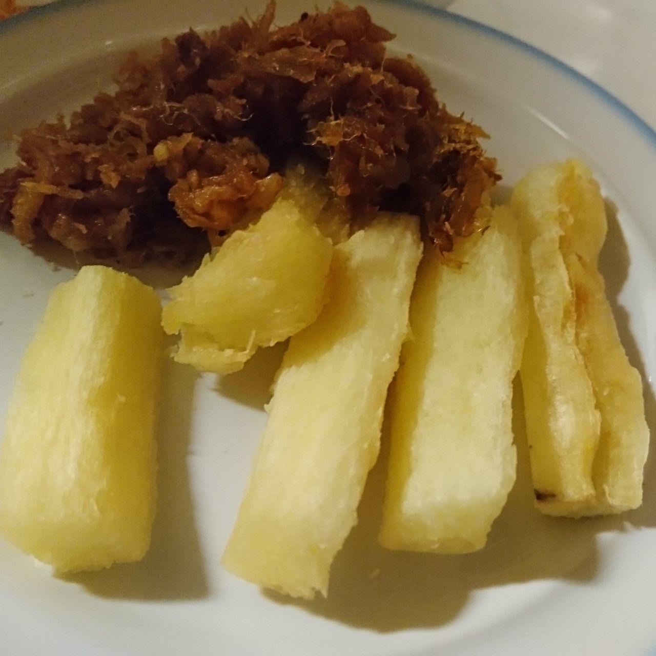 It's more Surinam Food Teloh Cassava with Bakkeljouw